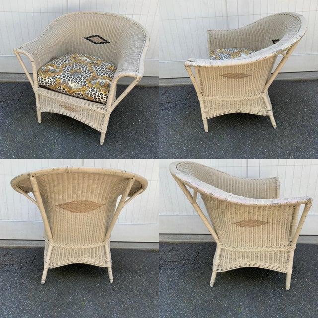 Heywood-Wakefield Vintage Heywood-Wakefield Wicker Sofa Set With Leopard Pattern Cushions - Set of 3 For Sale - Image 4 of 13