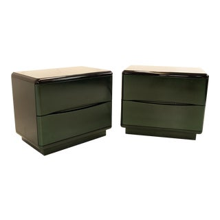 Lane Mid Century 2 Drawer Black and Green Lacquer Nightstands - Pair For Sale