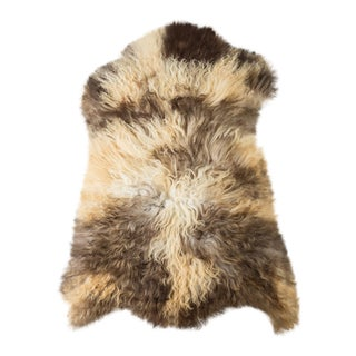 "Contemporary Natural Wool Sheepskin Pelt - 2'1""x3'0"" For Sale"