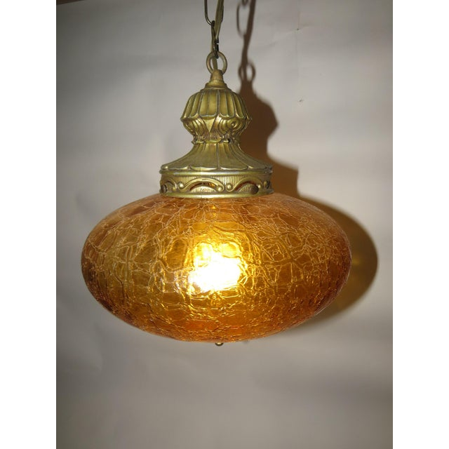 """Vintage Gold Crackle Glass Swag Lamp 7""""H x 10.5"""" Wide Wiring is good and no chips or cracks in the glass Thank You"""
