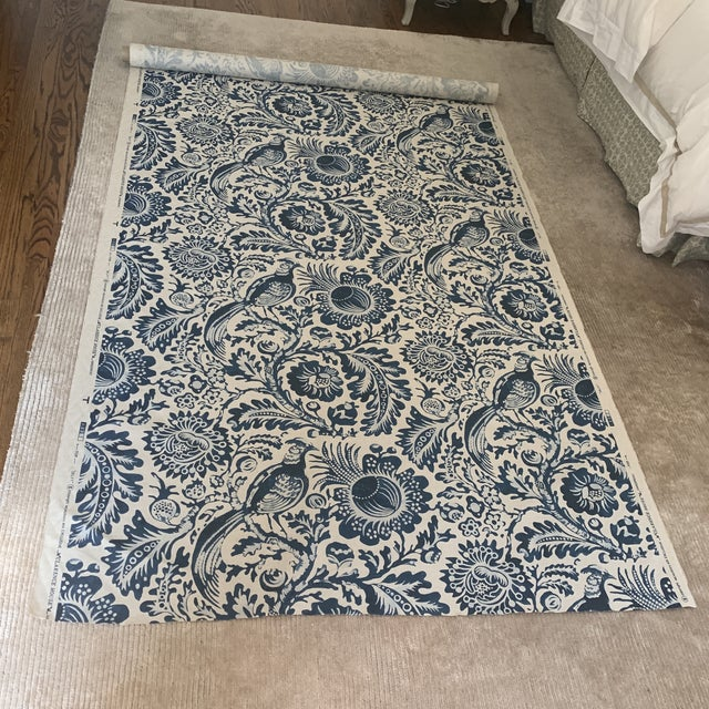 2010s Clarence House Delft Handprint Linen Fabric- 6 Yards For Sale - Image 5 of 6