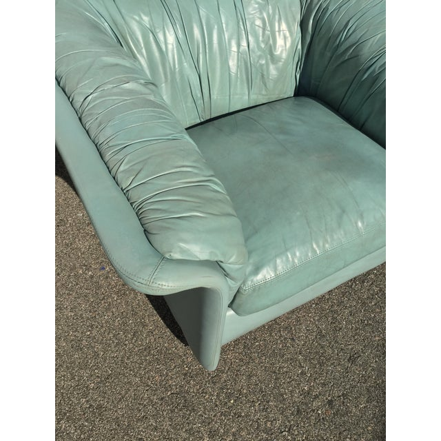 Blue 1980s Contemporary Light Blue Leather Hickory Nc Club Chair For Sale - Image 8 of 13