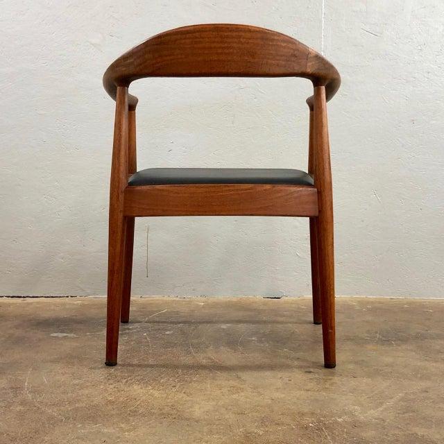 Hans Wegner 1960s Vintage Hans Wegner Style Danish Modern Dining Chairs- Set of 4 For Sale - Image 4 of 11