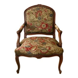 Late 19th Century French Louis XIV Style Petit Point Needlepoint Tapestry Chair For Sale