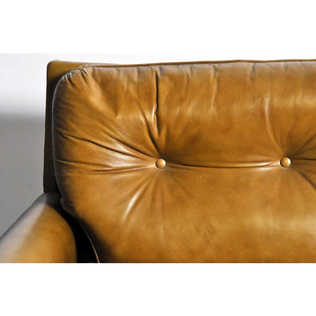 1950s Mid-Century Modern Green Leather Sofa With Hardwood Base by Edward Wormley For Sale - Image 5 of 11
