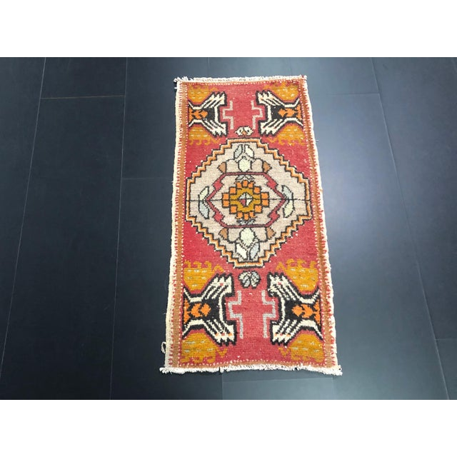 Vintage Red Turkish Oushak Handmade Rug For Sale In Phoenix - Image 6 of 6
