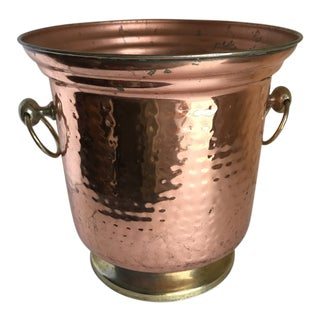 1970s Americana Hammered Copper Ice Bucket or Plant Pot For Sale