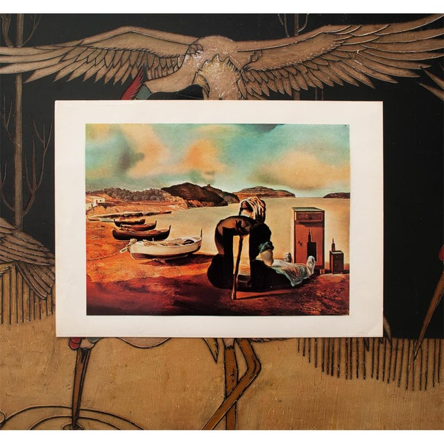 "Mediterranean 1957 Salvador Dalí, ""Le Sevrage Du Meuble Aliment"" Large Period Lithograph Print For Sale - Image 3 of 10"