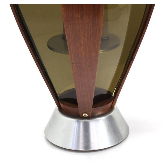 Pair of Mid-Century Modern Walnut Table Lamps For Sale In New York - Image 6 of 9