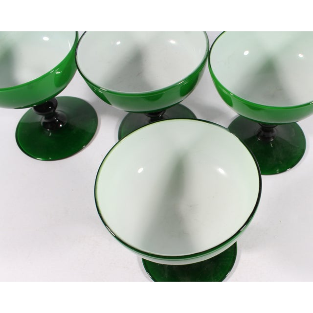 Mid-Century Modern Carlo Moretti 1960s Italian Green Champagne Coupes or Sherbet Glasses - Set of 4 For Sale - Image 3 of 7
