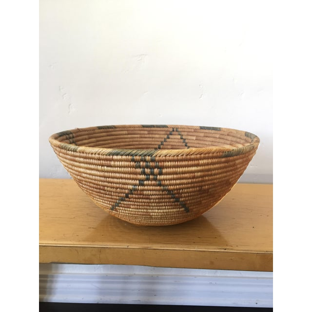 1950s Southwestern Coiled Indian Basket For Sale In Los Angeles - Image 6 of 7