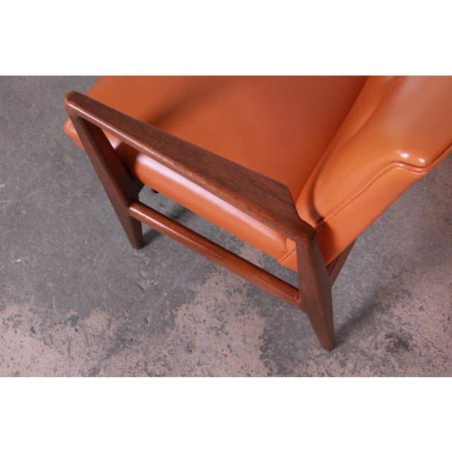 Jens Risom Mid-Century Modern Sculpted Walnut Lounge Chairs, Pair For Sale - Image 9 of 12