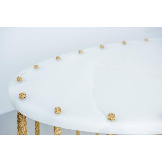 White Hand Made Brass Shavings Coffee Table with Onyx Top, by Samuel Amoia For Sale - Image 8 of 9