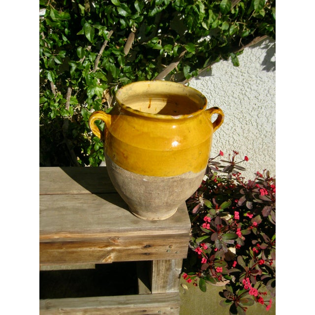 French Provincial 19th Century Country French Rustic Yellow Pot For Sale - Image 3 of 12