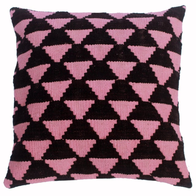 "Deneen Black/Pink Hand-Woven Kilim Throw Pillow(18""x18"") For Sale In New York - Image 6 of 6"