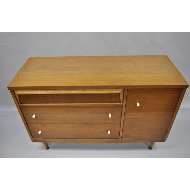 1960s Mid Century Modern Bassett Furniture Walnut Bookcase/Credenza For Sale - Image 10 of 13