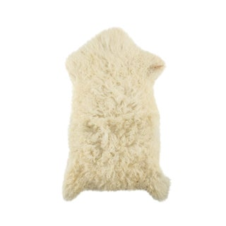 "Handmade Wool Sheepskin Pelt Rug - 1'9""x3'3"" For Sale"