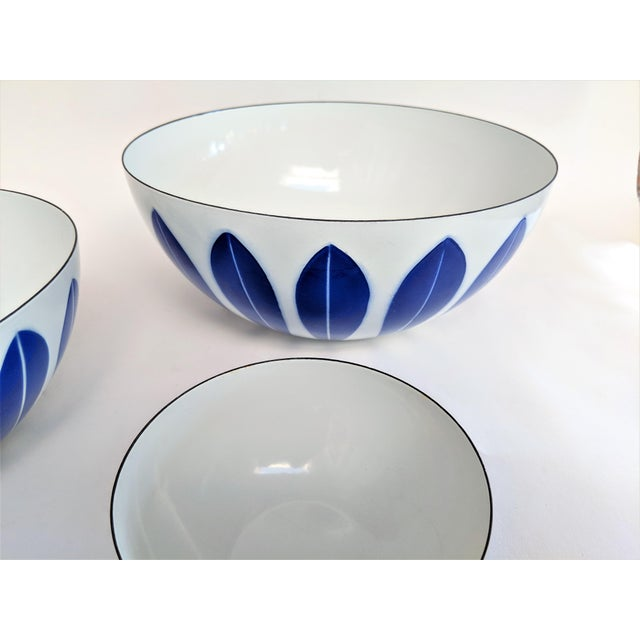 Mid 20th Century Catherineholm Blue and White Nesting Bowls - Set of 4 For Sale - Image 5 of 10