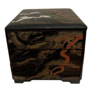 Vintage Mid-Century Asian Lacquer Three Tiered Bento Box For Sale