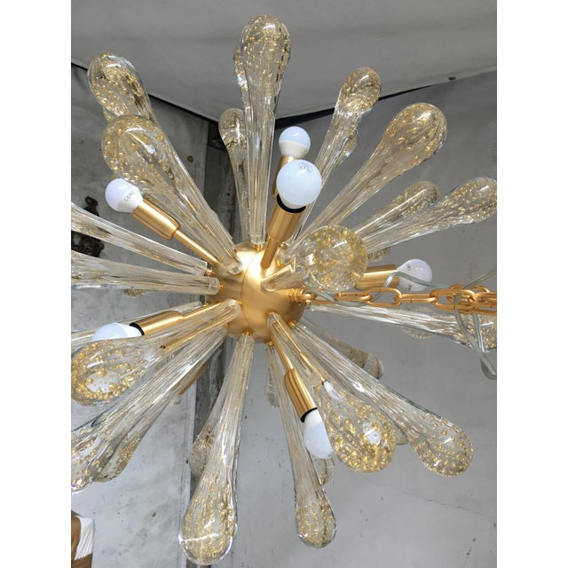 Mid-Century Modern Chandelier Murano Glass Sputnik Metal Frame Gold Brushed For Sale - Image 3 of 8