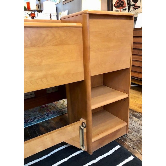 Mid Century Heywood Wakefield Full Size Headboard W/Attached Nightstands For Sale In Boston - Image 6 of 12
