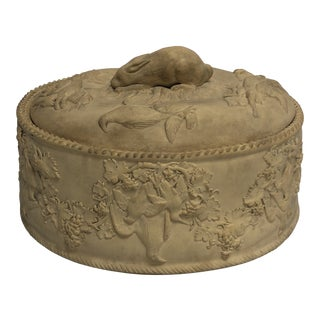 19th Century Tan Wedgwood Caneware Game Pie Casserole Dish For Sale