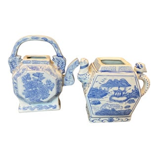 Vintage Chinoiserie Blue and White Porcelain Tea Pots - a Pair For Sale