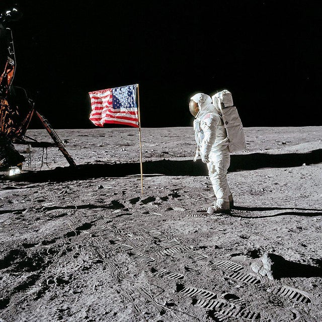 Metal Buzz Aldrin. Apollo 11. 'Flag on the Moon' Exclusive Art Print by TASCHEN Books, Autographed by Buzz Aldrin For Sale - Image 7 of 7