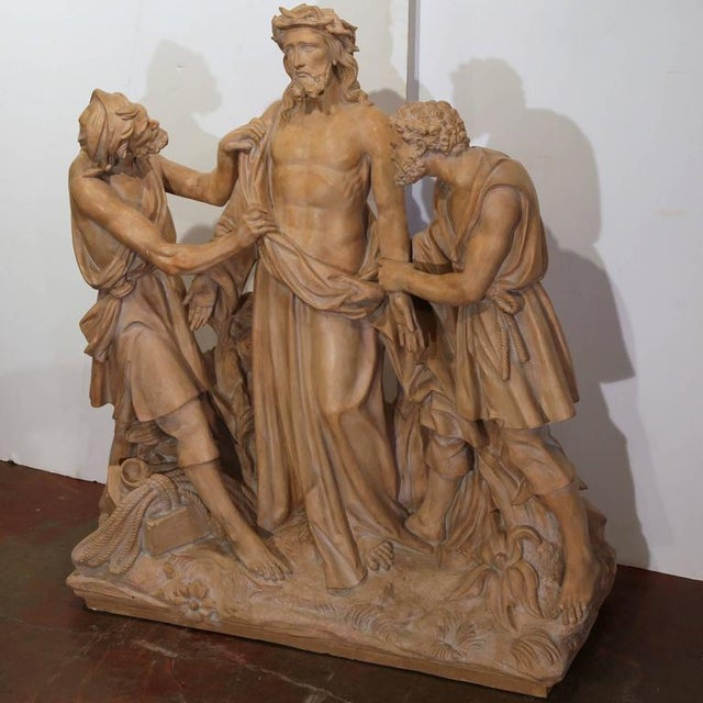 French Terracotta Sculpture of Christ Before Crucifixion For Sale In Dallas - Image 6 of 10