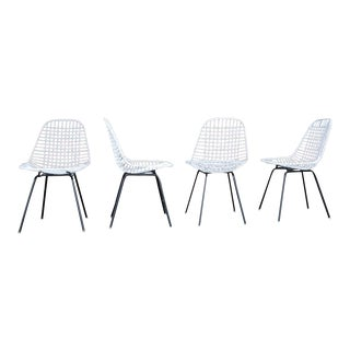 Mid-Century Modern Eames Wire Chairs - Set of 4 For Sale