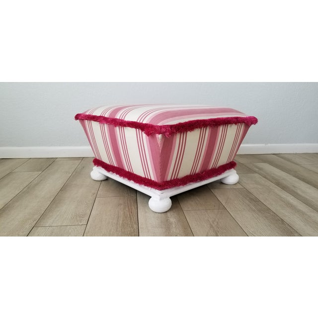 Hollywood Regency Hollywood Regency Style Ottoman . For Sale - Image 3 of 12