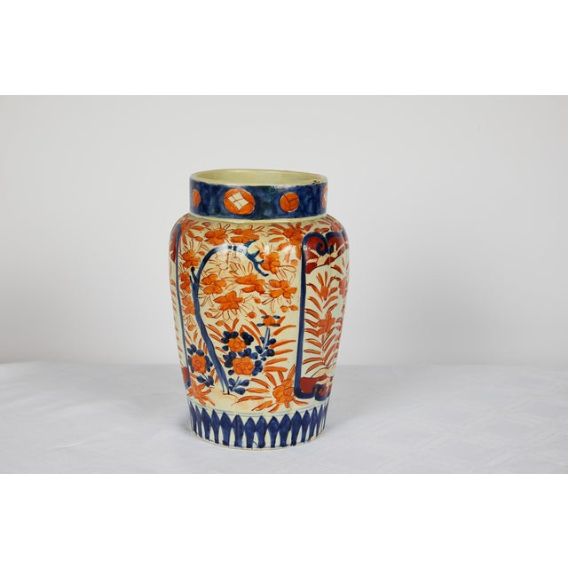 Early 20th Century Japanese Imari Vase For Sale - Image 4 of 12