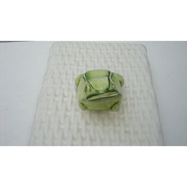 Italian Porcelain Ceramic Wicker Frog Box - Image 9 of 11