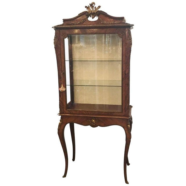 Gold Louis XV Style Ormalu Mounted Kingwood Display Cabinet For Sale - Image 8 of 8