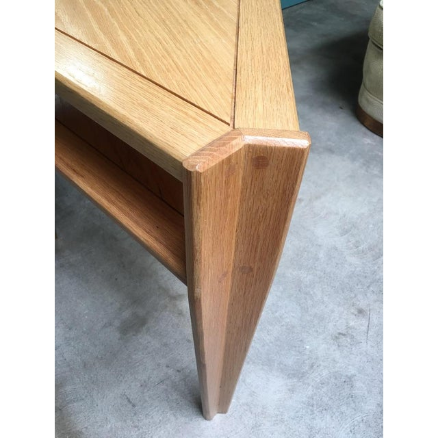 Studio Triangular Side Table in Solid Oak For Sale In Los Angeles - Image 6 of 10