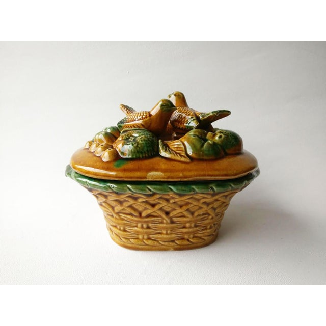 1950s 1950s Vintage Majolica Birds Tureen For Sale - Image 5 of 5