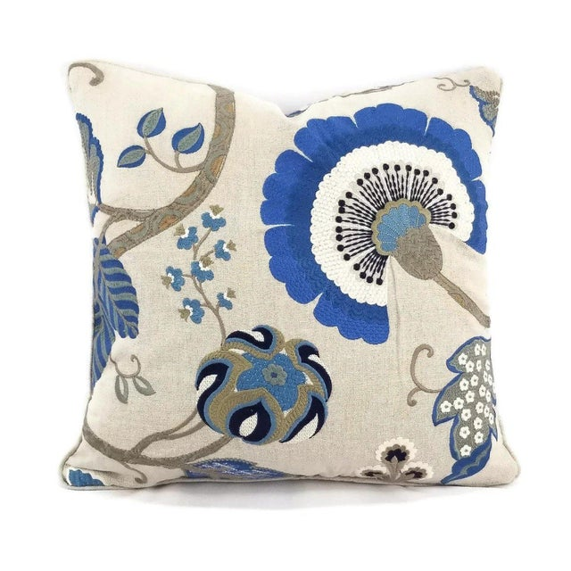 """Manuel Canovas Bordeaux Ciel Blue & Light Tan Linen with Self-Welt Pillow Cover - 20"""" X 20"""" For Sale In Portland, OR - Image 6 of 6"""