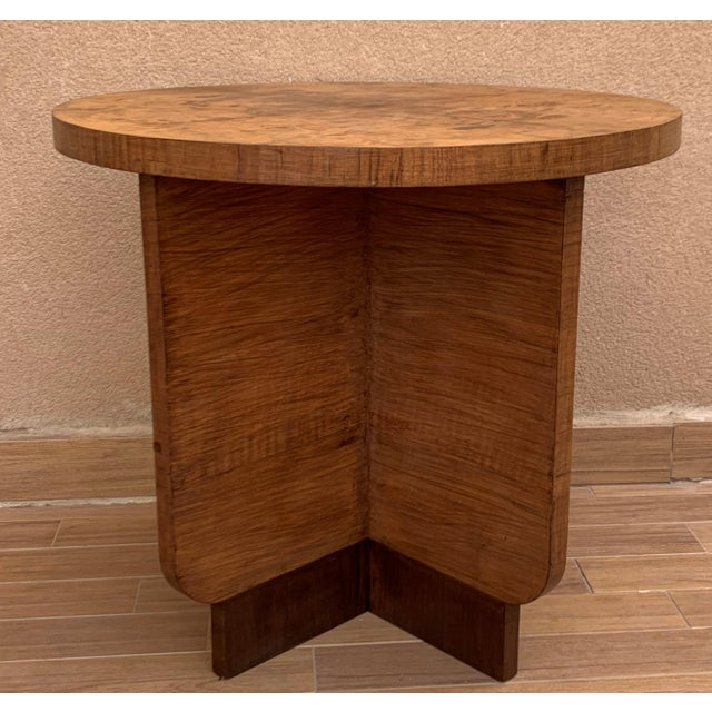 1940s Italian Round Art Deco Burl Walnut Coffee Side Table With Ebonized Legs For Sale - Image 5 of 9