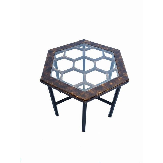 Mid-Century Modern John Widdicomb Tortoiseshell Honeycomb Side Table For Sale - Image 3 of 6