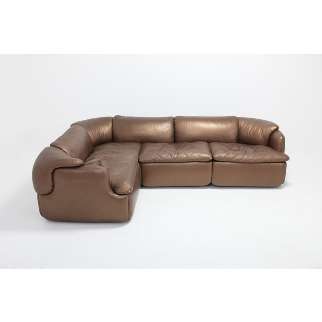 Italian Bronze Leather Saporiti High-End Sectional Sofa 'Confidential' For Sale - Image 3 of 12