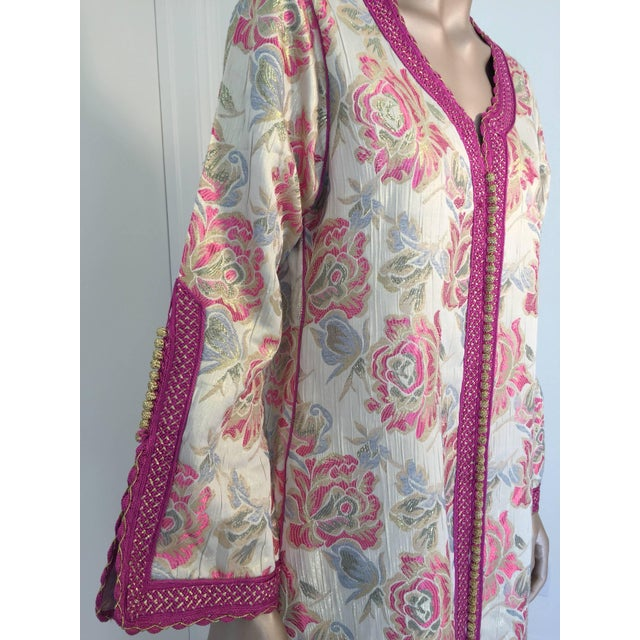 Metal Vintage 1970s Moroccan Kaftan Brocade Embroidered With Pink and Gold Trim For Sale - Image 7 of 10