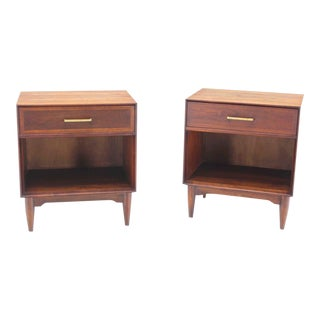 Mid-Century Modern Walnut End Tables- a Pair For Sale