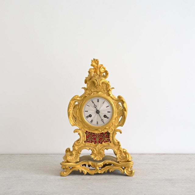 Early 19th Century Early 19th Century French Louis XIV Style Ormolu Mantle Clock For Sale - Image 5 of 9