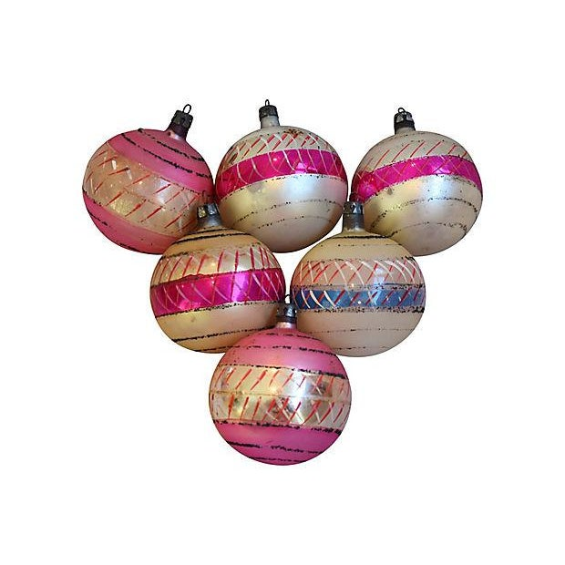 Pastel Pink 1960s Christmas Ornaments w/Box - Set of 12 - Image 4 of 7