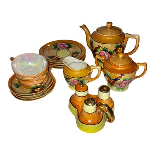 1960s Vintage Decorative Japanese Porcelain Tea Service - 11 Piees For Sale