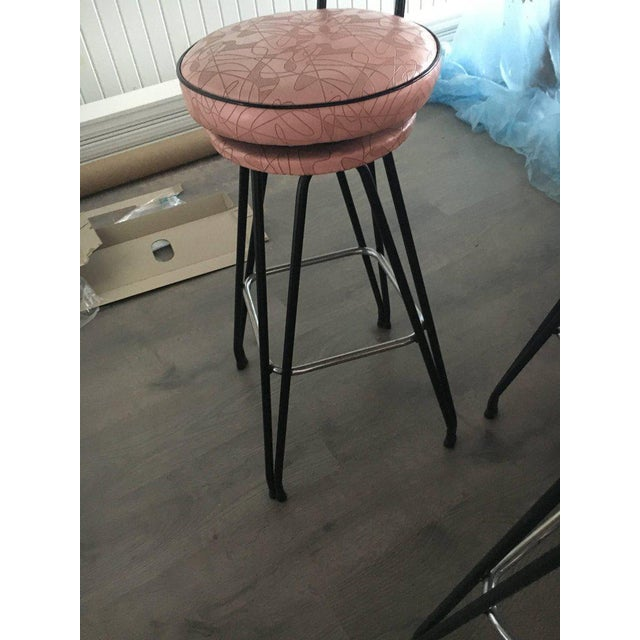 Set of Three Kitch Mid-century Bar Stools With Pink Upholstery, Black Piping For Sale In South Bend - Image 6 of 7