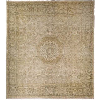 "Mamluk Hand-Knotted Luxury Rug - 7'10"" x 7'11"" For Sale"