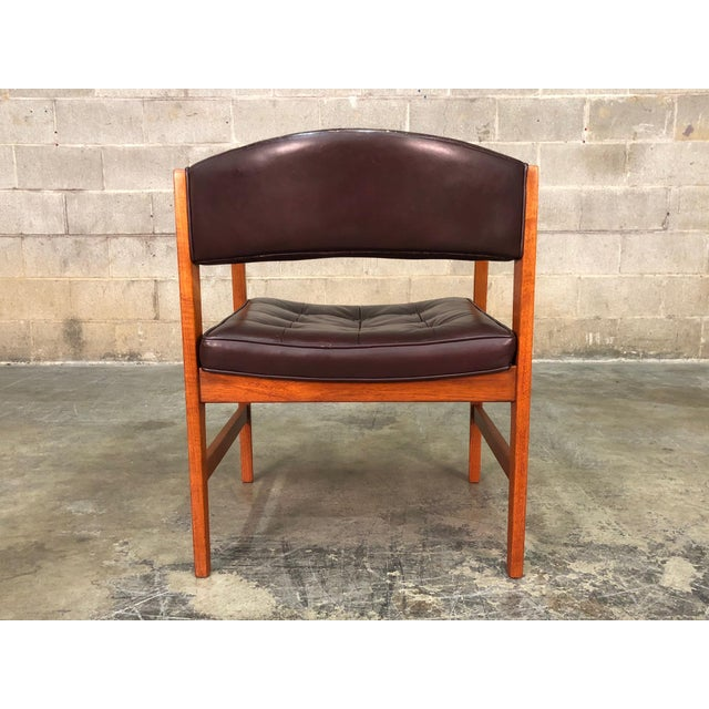 Dunbar Mid Century Modern Open Arm Lounge Chair With Brown Tufted Leather For
