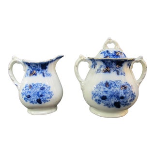 John Maddock & Sons Roseville Flow Blue Large Creamer & Sugar Bowl With Lid For Sale