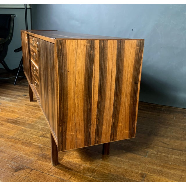 "Erik Wørts ""Ladoga"" Rosewood Credenza, Sweden 1960s For Sale In New York - Image 6 of 11"